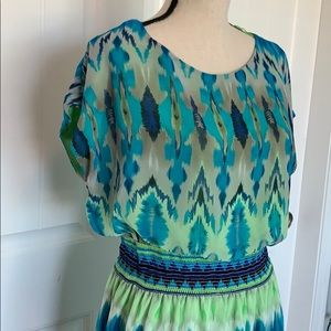 Tiana B. Size 10, fully lined. Tribal pattern